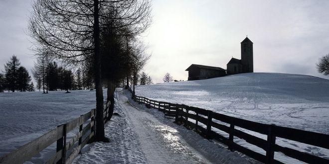 von-jenesien-nach-langfenn-am-salten-winterhuettenwandern-jenesien-bozen-und-umgebung-suedtirol
